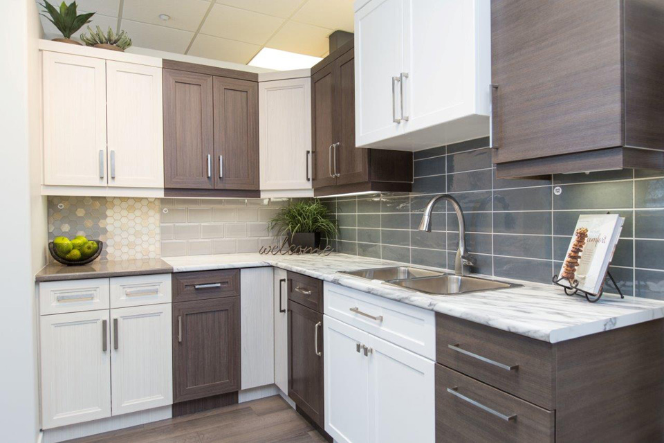 ... The Design Studio   Kitchen Options | Randall Homes   Show Home    Winnipeg   Manitoba ...