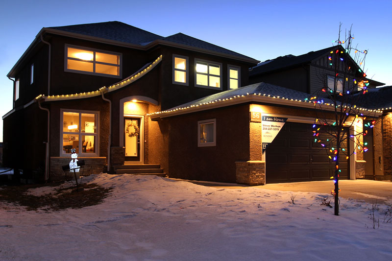 Randall Homes decorated for the Holidays - Show Home - Winnipeg, Canada